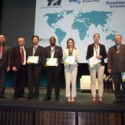 Representantes de parques galardonados con el premio Spiring Solution que otorga la IASP.